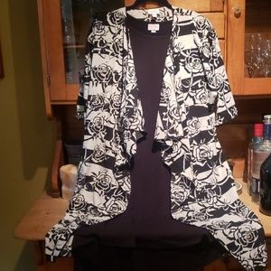 Lularoe black Carly and floral Shirley